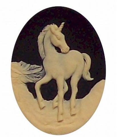 40x30mm Black and Ivory Unicorn Cameo 263x