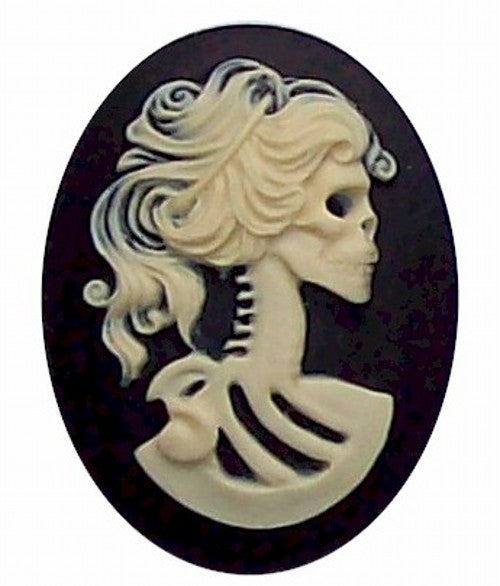 40x30mm Black and Ivory skull Skeleton Resin Cameo 269x