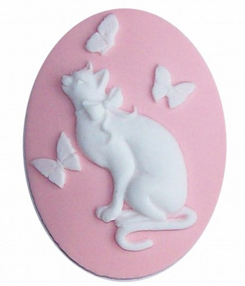 40x30mm Resin Cat Cameo with Butterflies Pink and White 606x