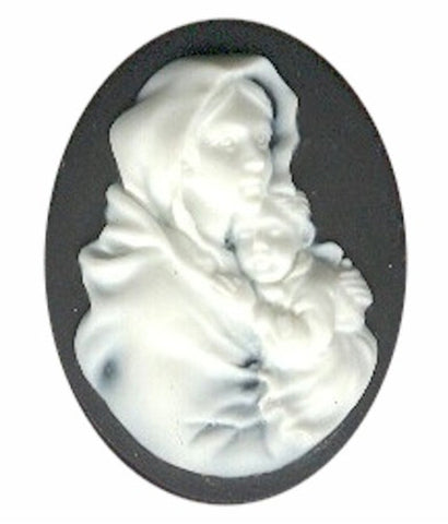 40x30mm Black and White Woman Holding Child Resin Cameo 610R