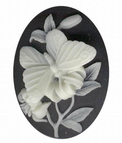 40x30mm Black and Ivory 3-D Butterfly Resin Cameo 673q