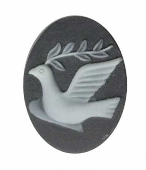 25x18mm black and ivory dove of peace resin cameo 695q