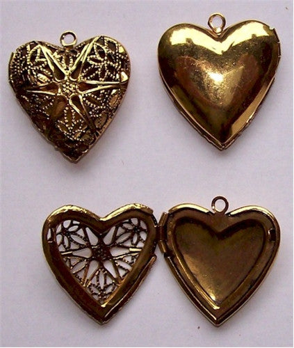 24x26mm Antique Gold Filigree Heart Aroma Locket 734x
