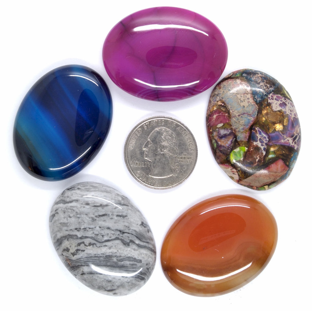 What you see is what you get -  Large lot of resin and glass cameos cabochons most 40x30mm L116