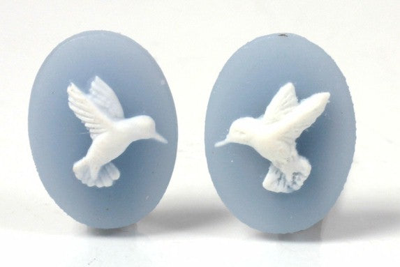 18x13mm Hummingbird matched pair of blue white cabochon Resin Cameo S4030
