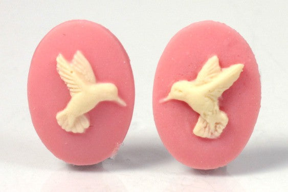 18x13mm Hummingbird matched pair of pink ivory cabochon Resin Cameo S4031