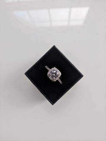 Aurora - Cushion Cut Cubic Zirconia White Gold Ring