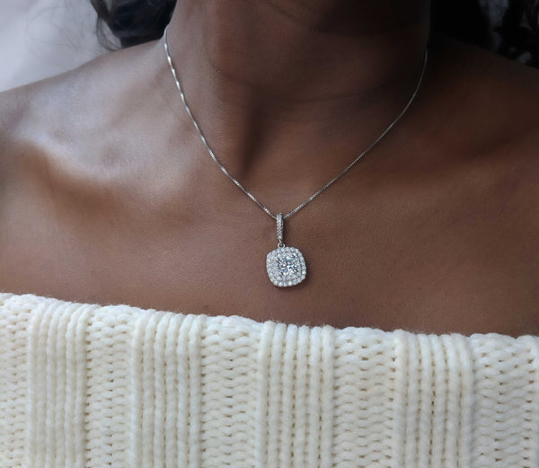 Phoebe - Rounded Square Silver Necklace
