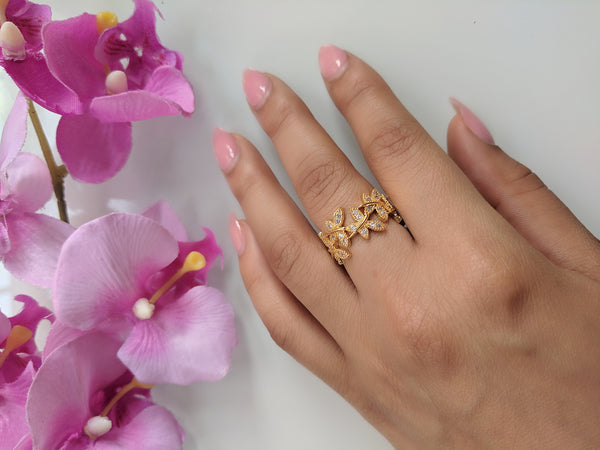 Spirited Away Ring Yellow Gold