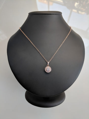 Queen Amina Rose Gold Necklace