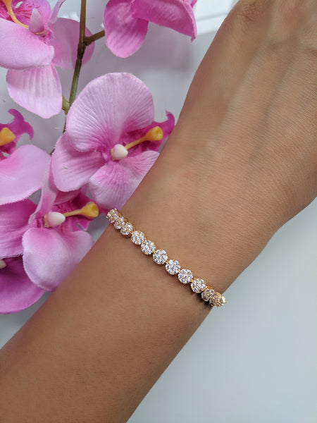 Flower Power Yellow Gold Bracelet