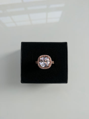 Princess & The Pea Ring Rose Gold