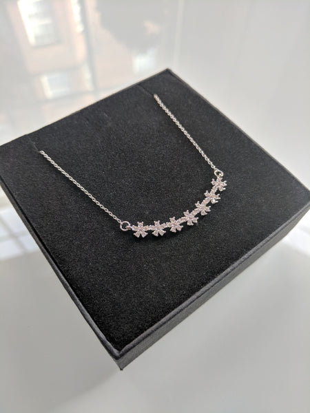 Blossom Necklace White Gold