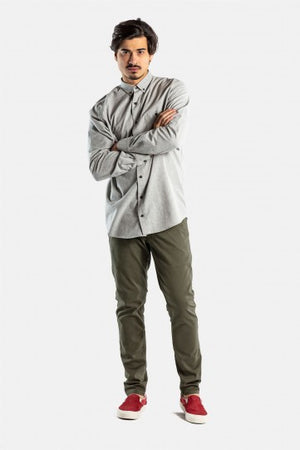 Reell Flex Tapered Herren Chino Hose in Farbe: olive
