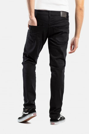 Nova 2 Tapered Fit schwarz