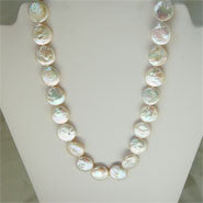 "Coin Pearl Necklace (14 mm, 22"")"