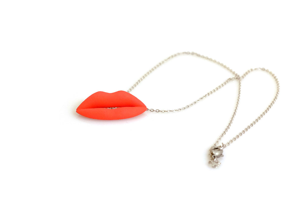 Lips Necklace - Free For Mind
