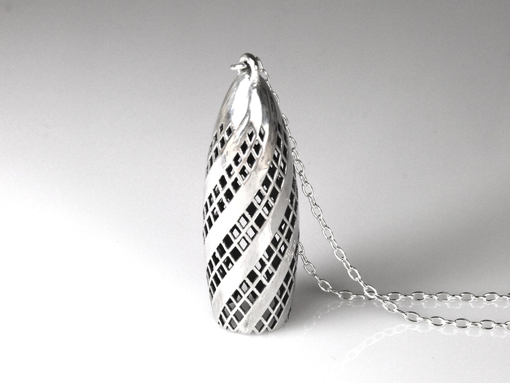 Gherkin Necklace - Sterling Silver - Free For Mind