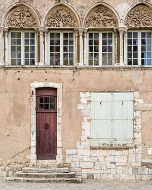 LITTLE BROWN DOOR | Chartes France Photography