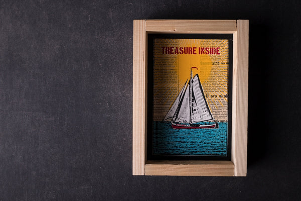 Treasure inside original print with frame M