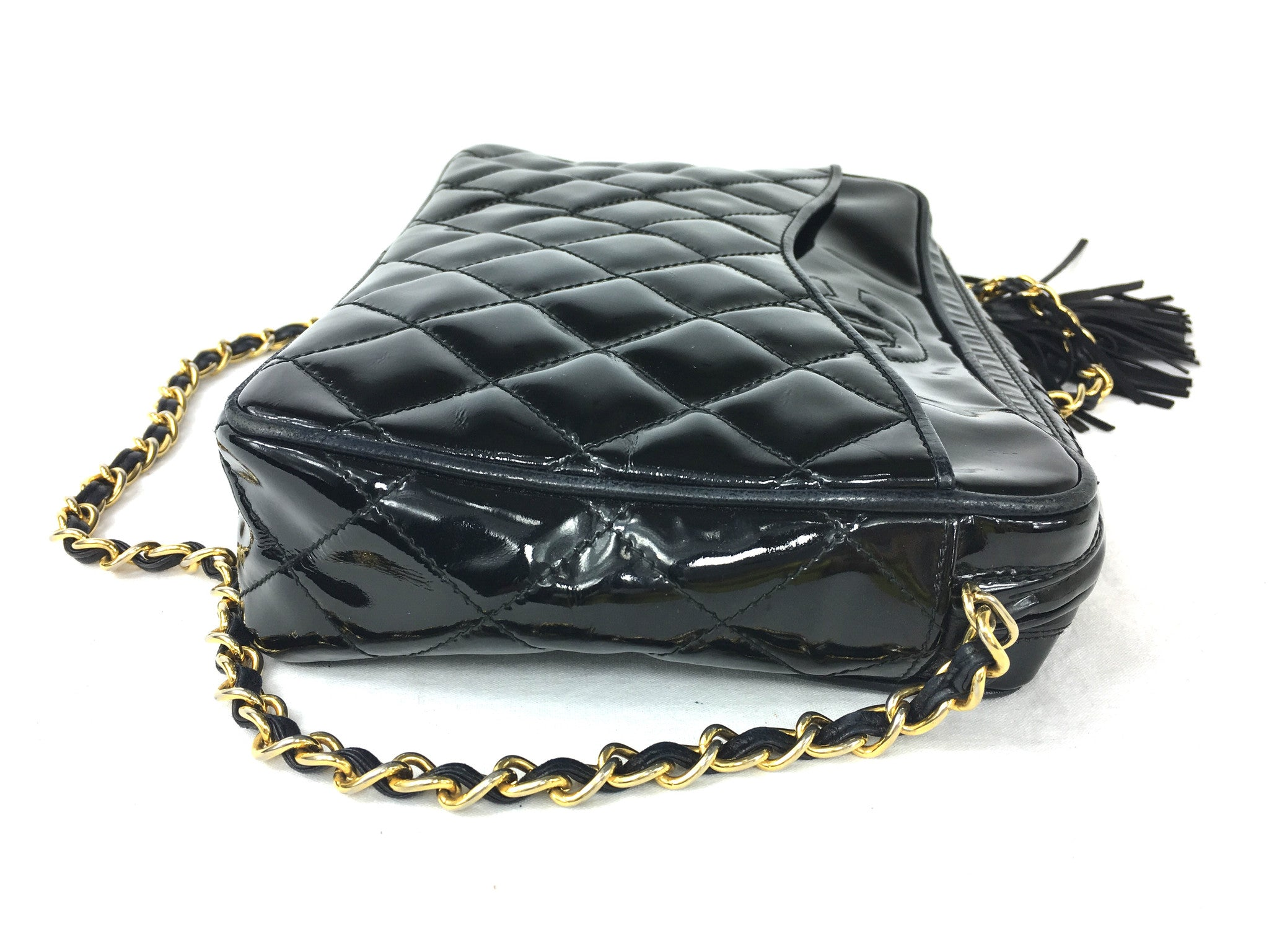 CHANEL Black Patent Leather Crossbody Bag