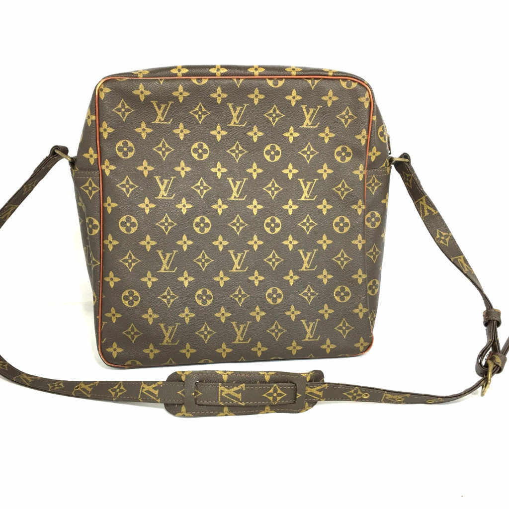 LOUIS VUITTON Monogram Shoulder Bag