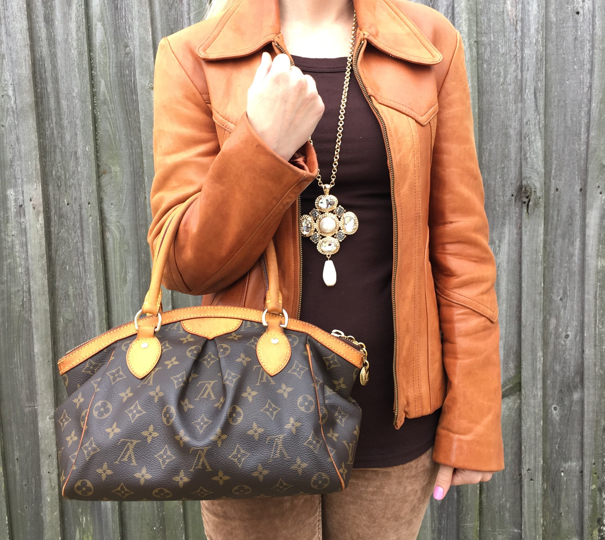 a42c6eb4d3c7 LOUIS VUITTON Monogram Tivoli PM + FREE Twilly Scarf – Pretty Things ...