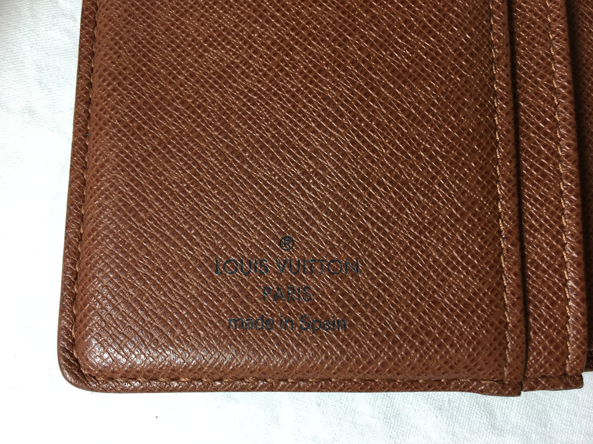LOUIS VUITTON Monogram Porte Monnaie Billets Viennois Bifold Wallet