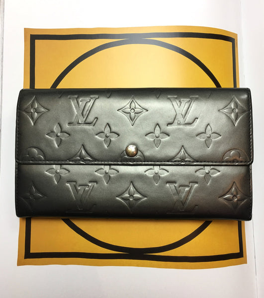 LOUIS VUITTON Grey Monogram Vernis Wallet