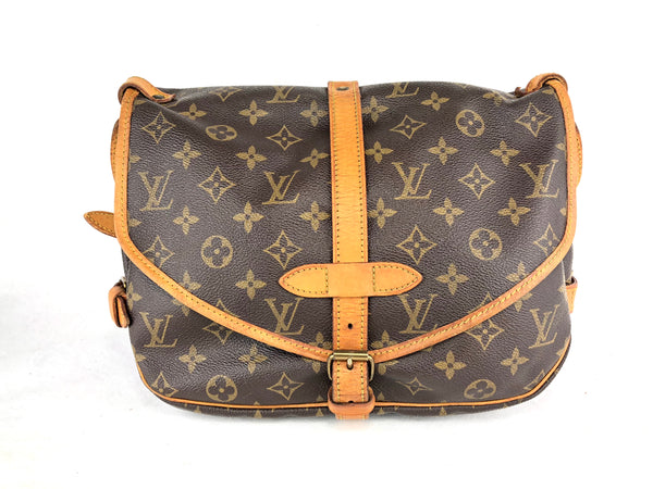 LOUIS VUITTON Mono Saumur 30 Crossbody Bag (AR9002)