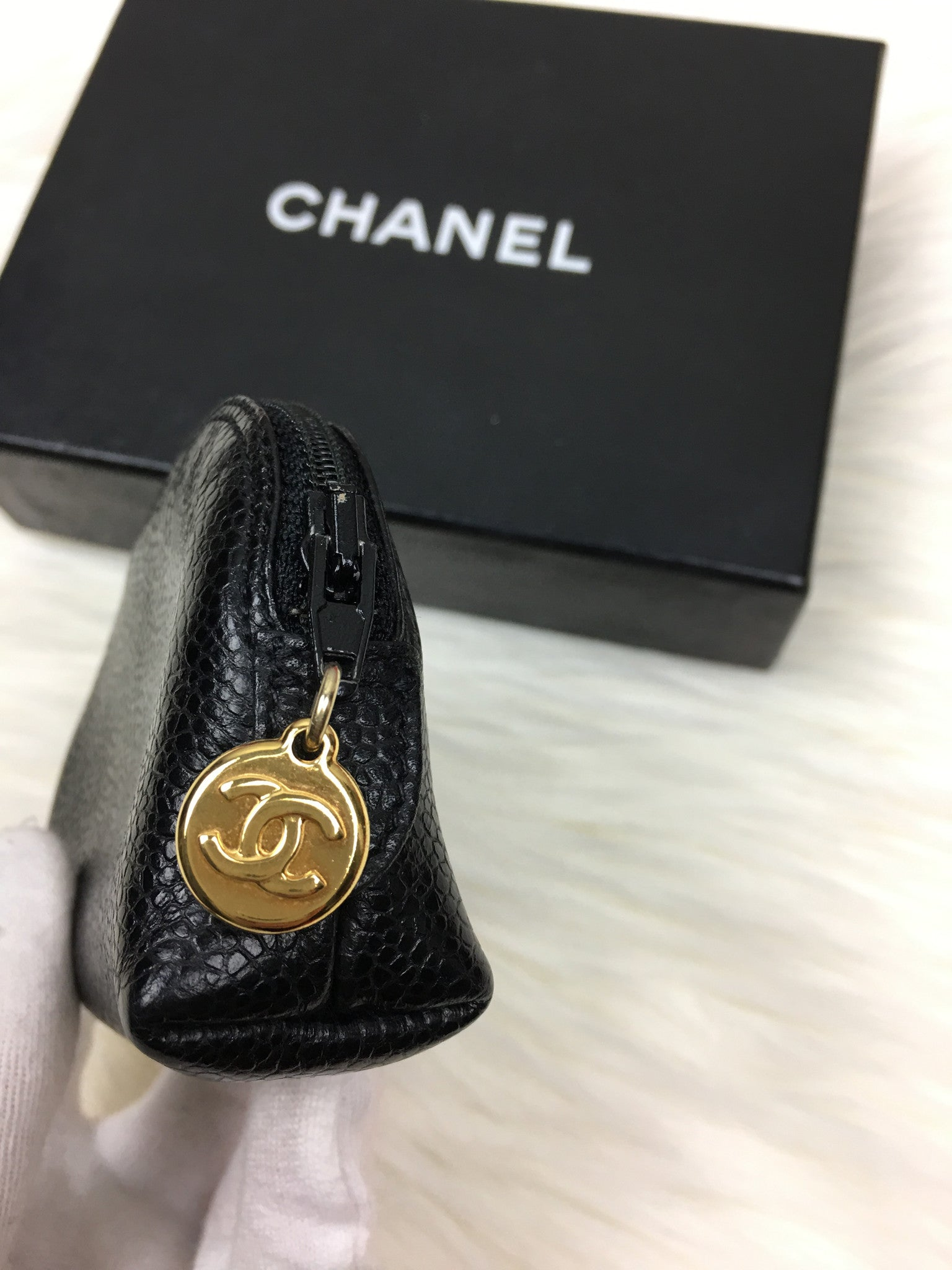 CHANEL CC Caviar Leather Coin Case / Pouch