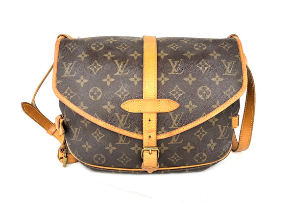 LOUIS VUITTON Mono Saumur 30 Crossbody Bag (AR1912)