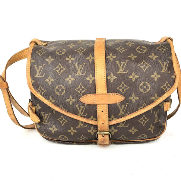 LOUIS VUITTON Mono Saumur 30 Crossbody Bag (AR0950)