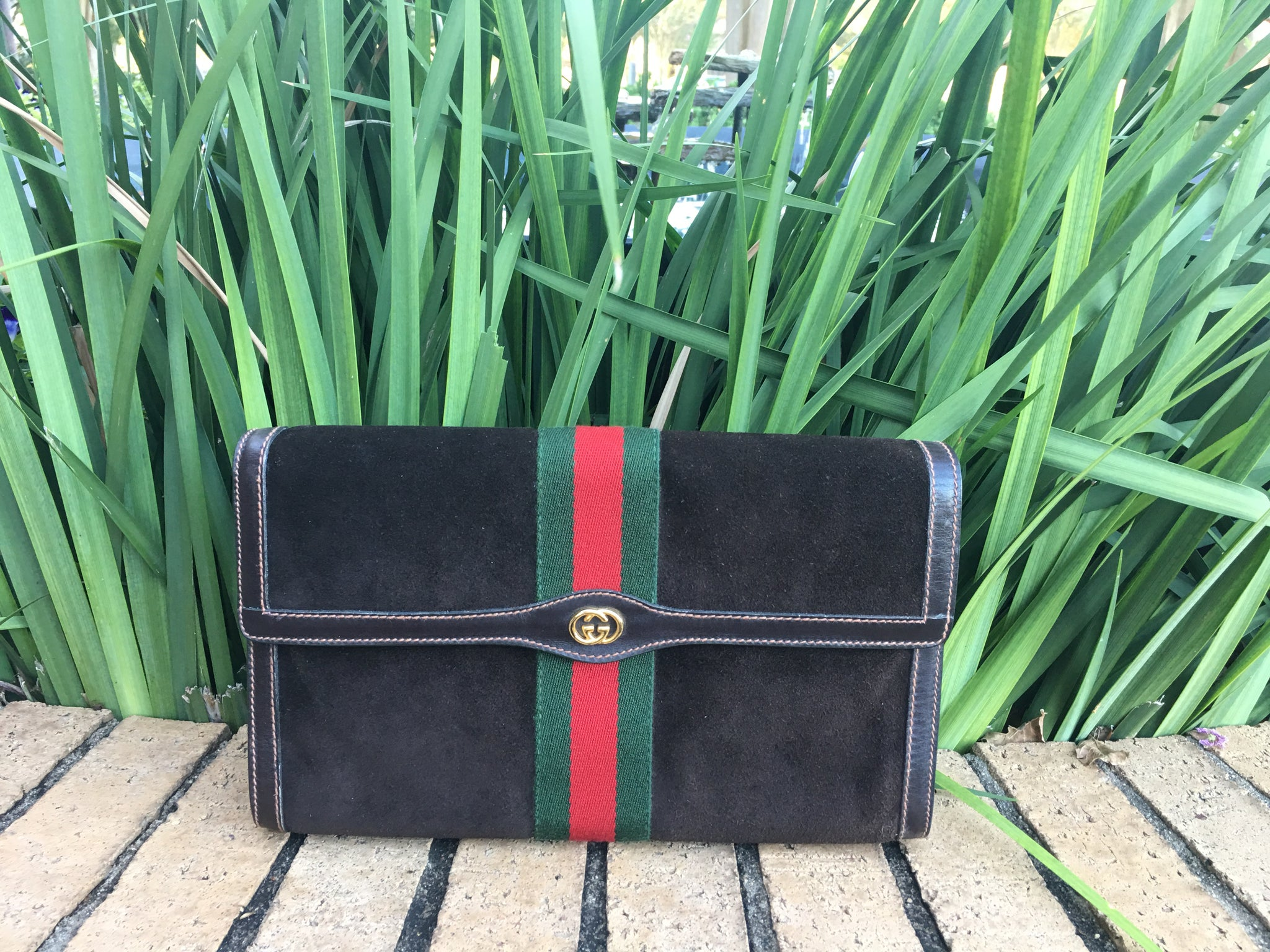 GUCCI Suede Ribbon Vintage Clutch