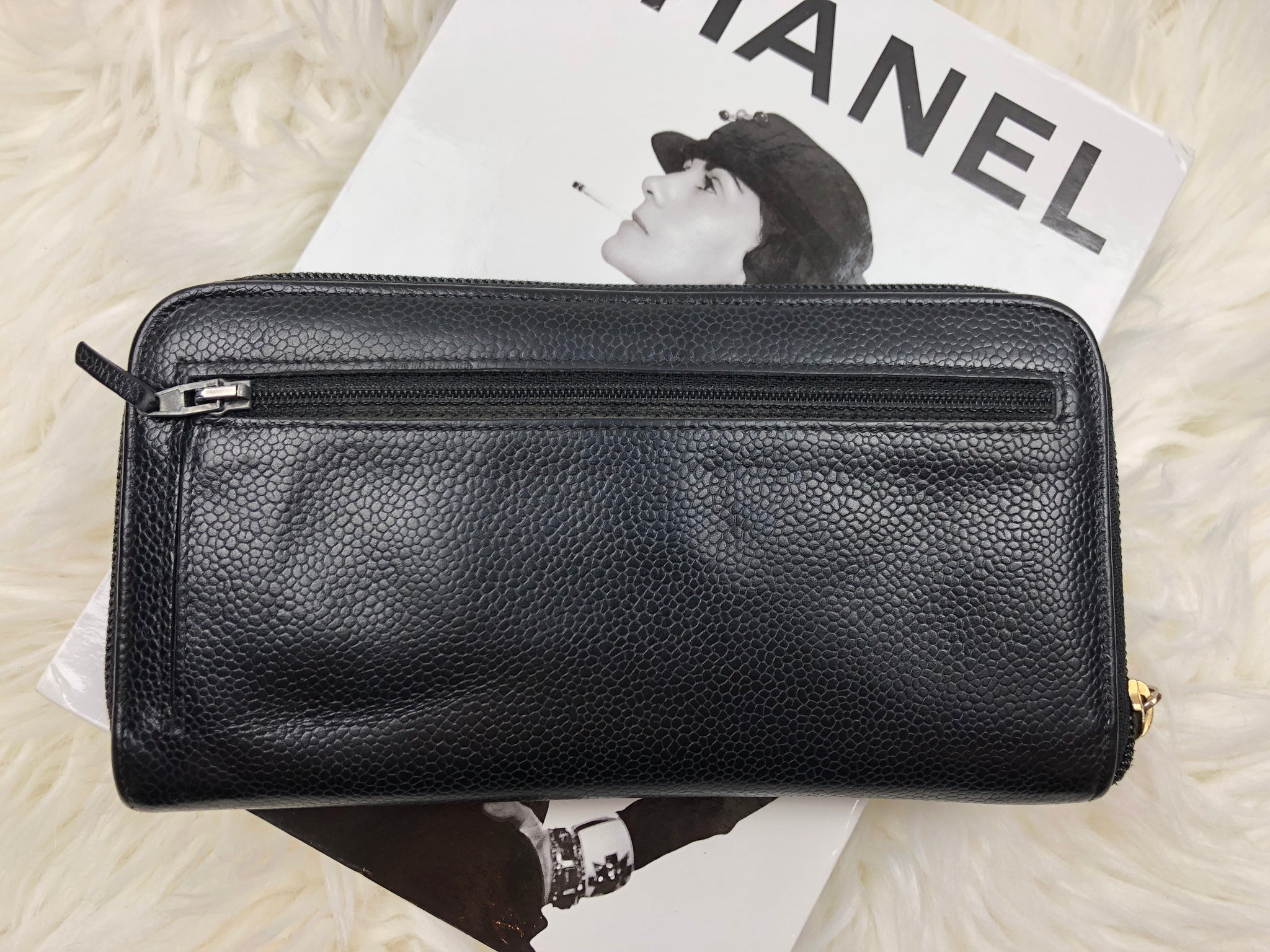CHANEL Caviar Leather Black CC Zippy Wallet
