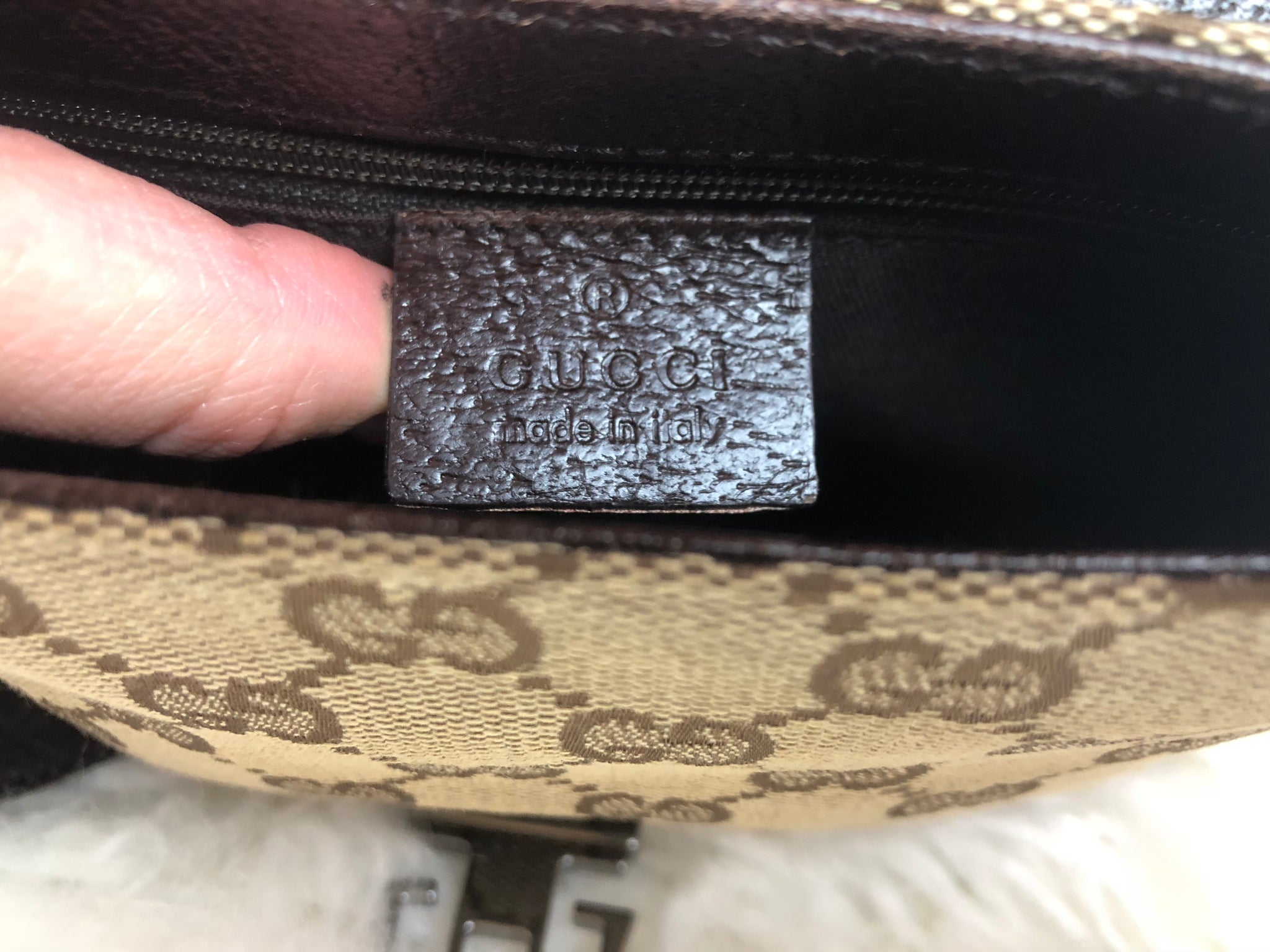 GUCCI Supreme Brown Bum Bag (Fanny Pack)