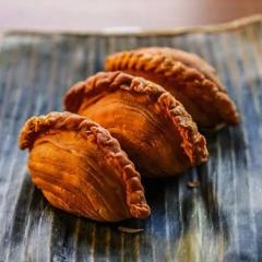Spiral Curry Puffs - 4 pieces (LA pickup only)