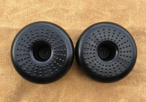 NON-SKID RUBBER FEET