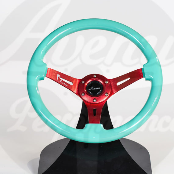 AVENUE STEERING WHEEL MINTY / RED SPOKES (LIMITED SERIES)