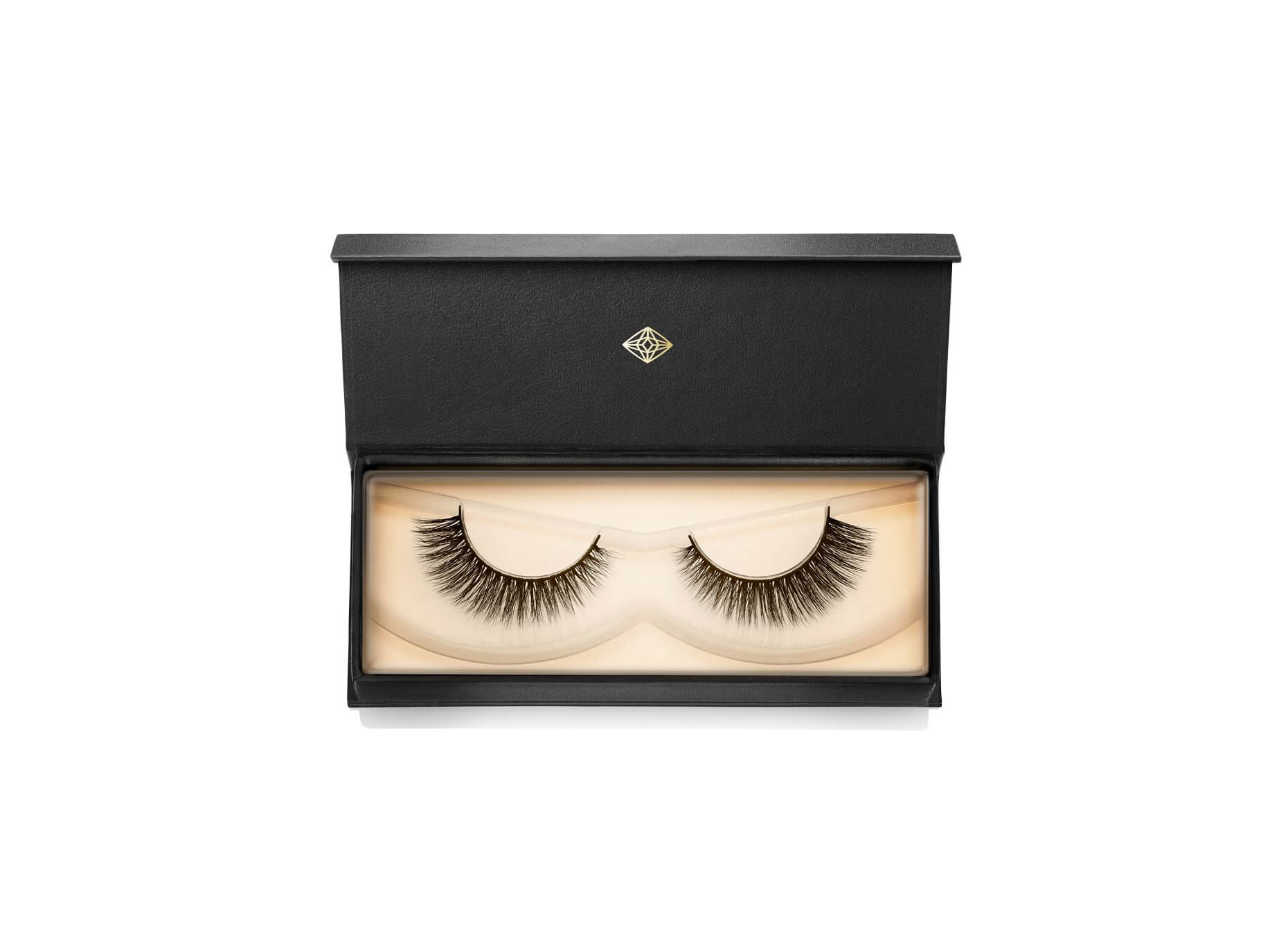 flattering lashes from lash star beauty