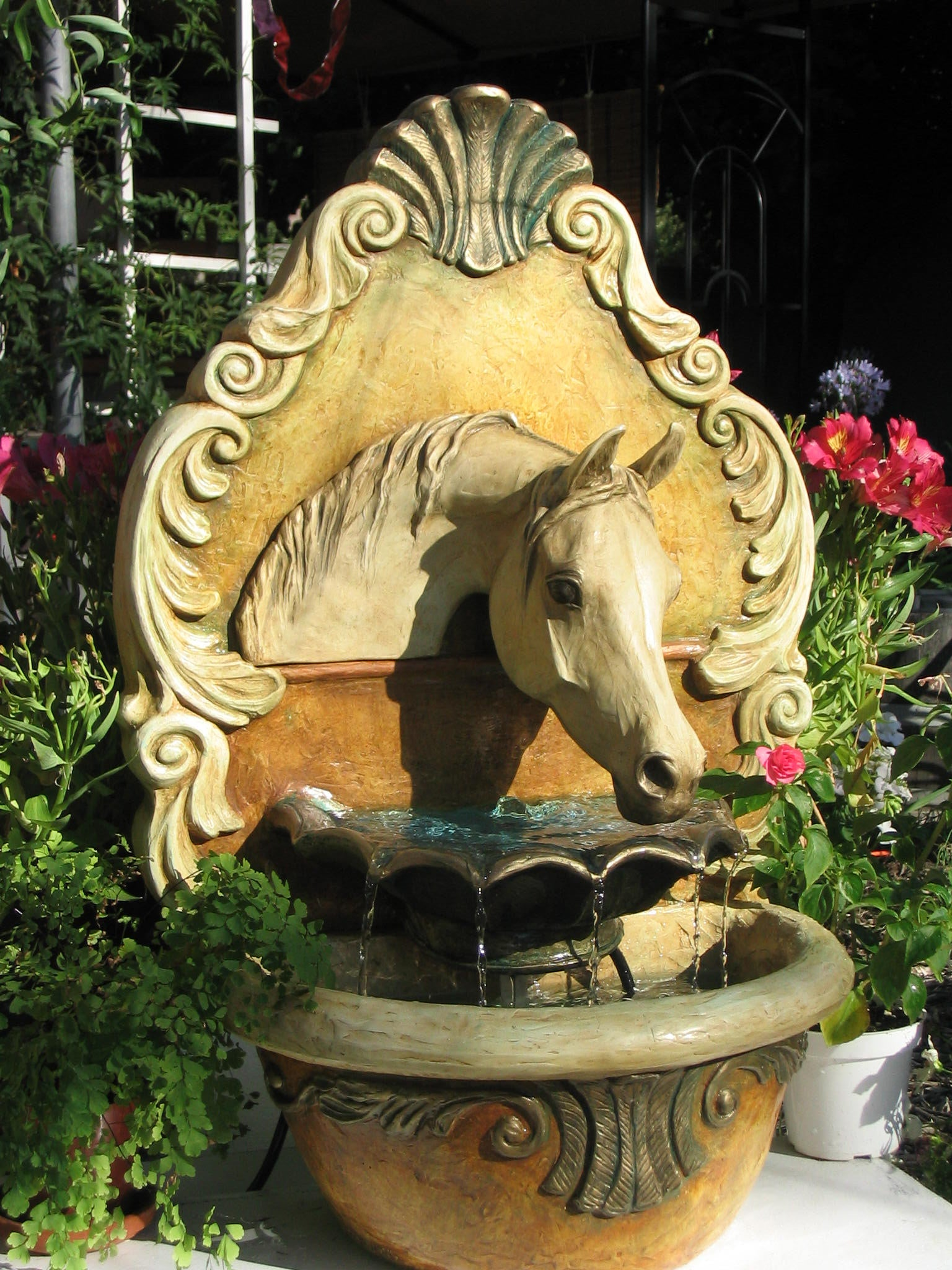 Arabian Horse Fountain (Florentine) - Patricia Borum