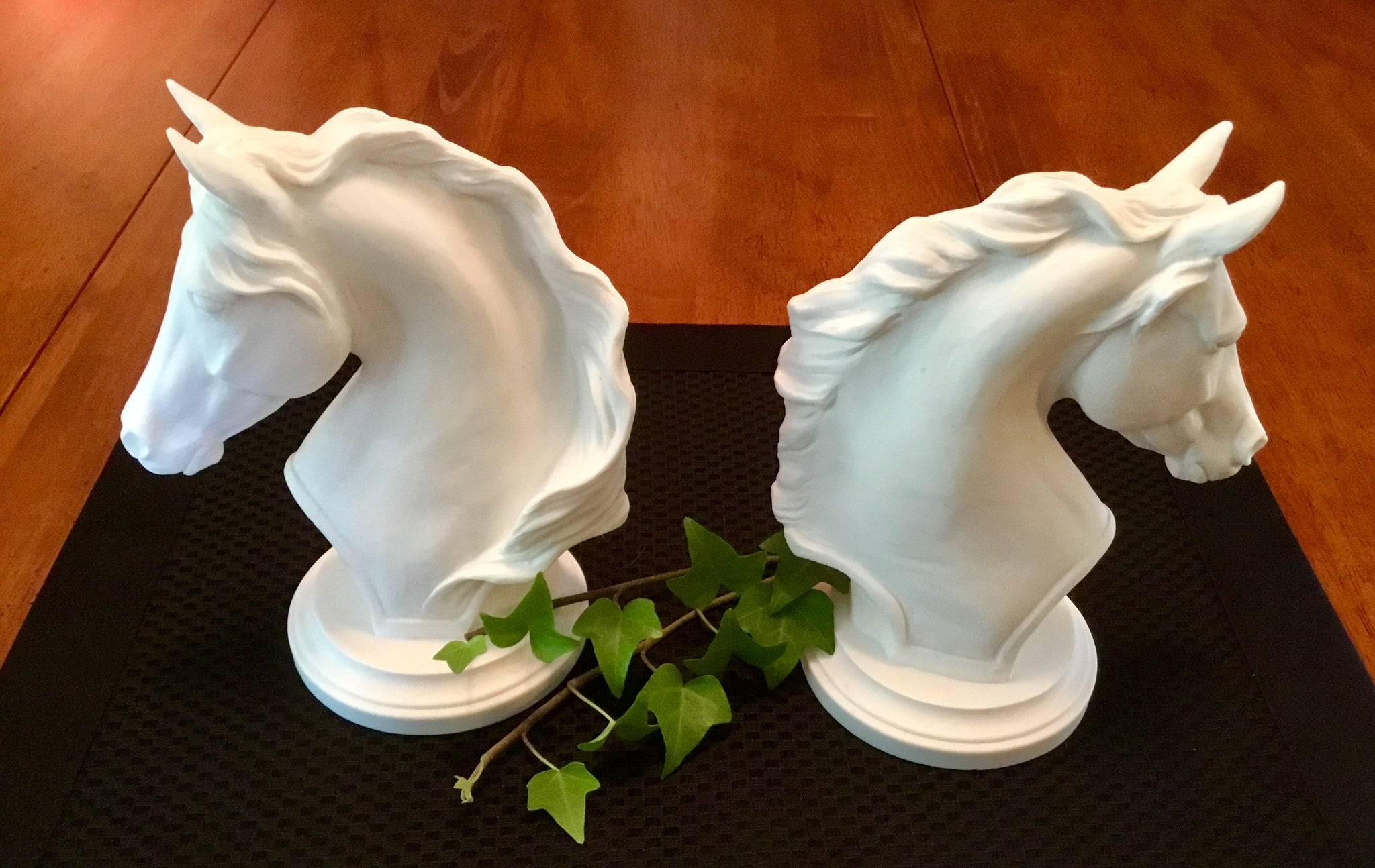 small horse head sculpture cast marble