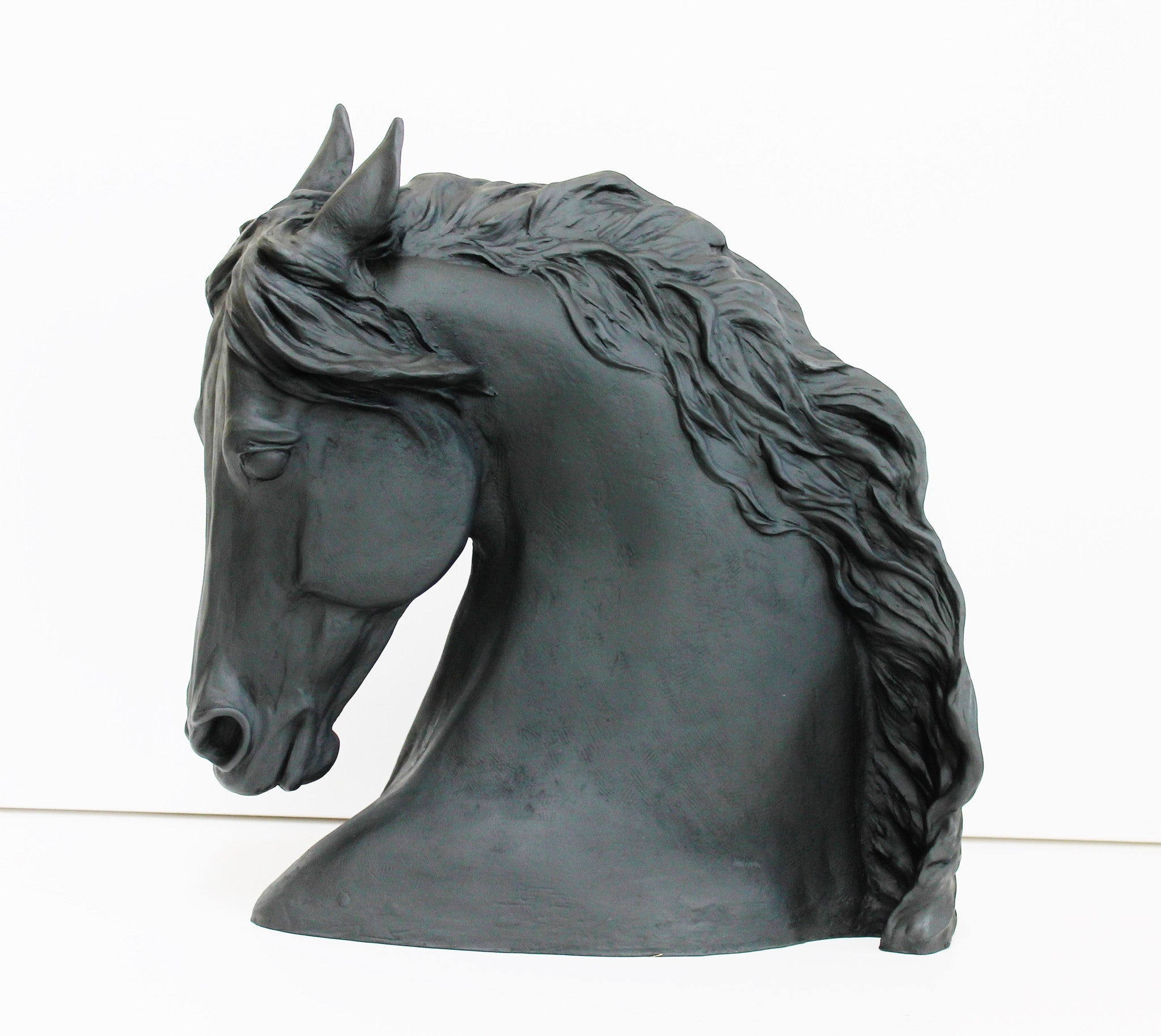 Horse Head Sculpture black color- Patricia Borum - 4