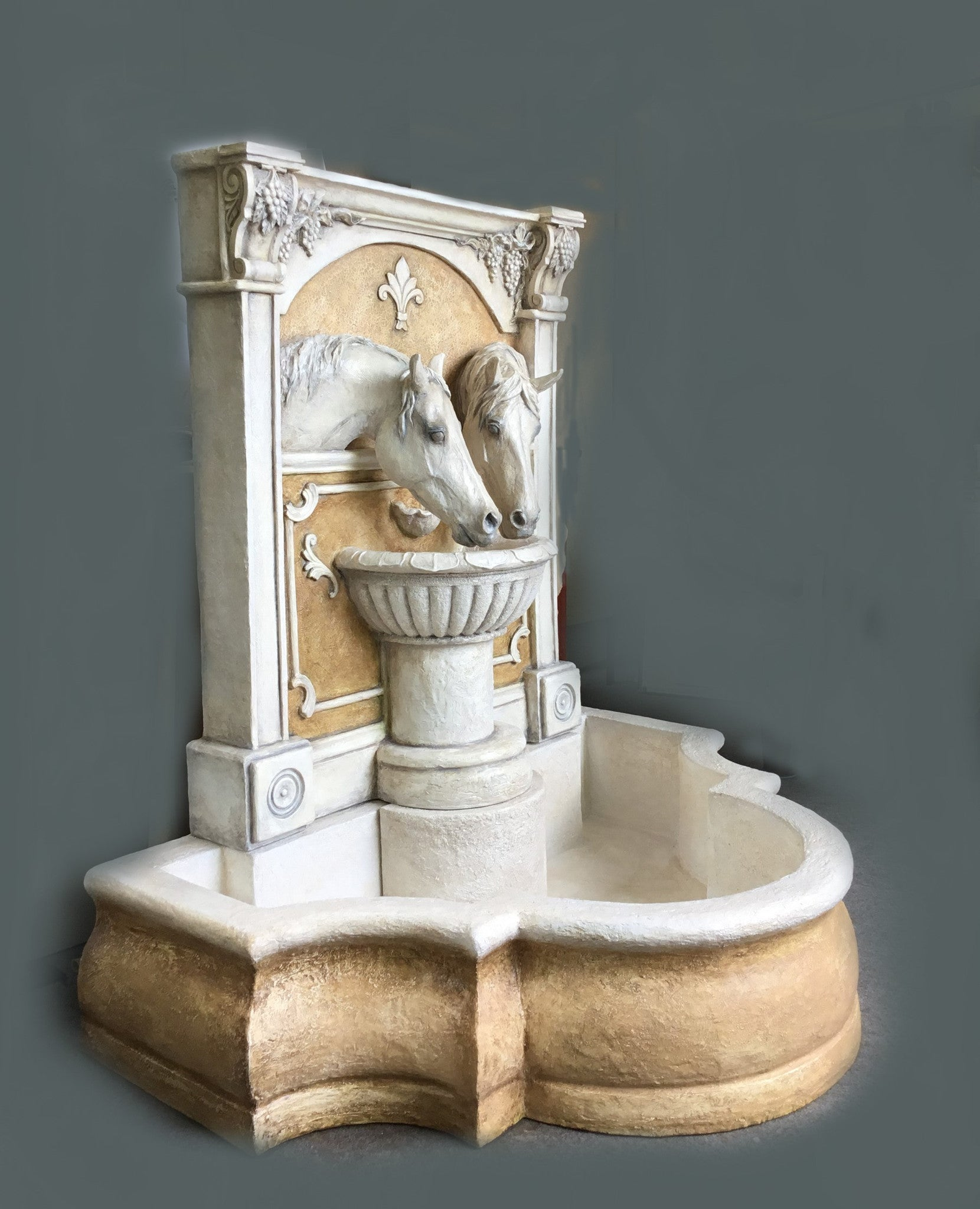 "Sharing A Drink Horse Fountain ""La Viv"" - Patricia Borum - 4"