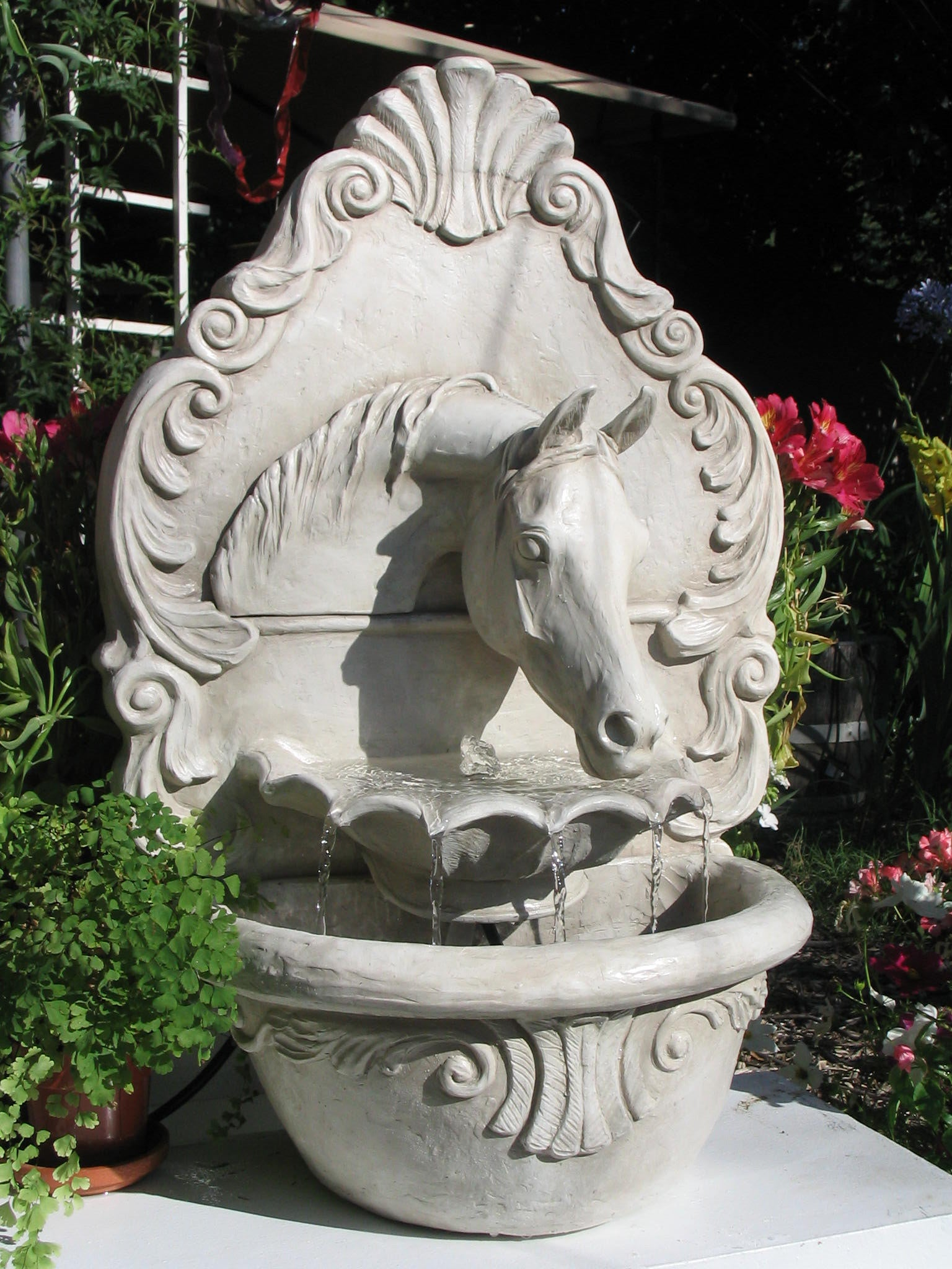 Arabian Horse Fountain (Lipizzan White) - Patricia Borum