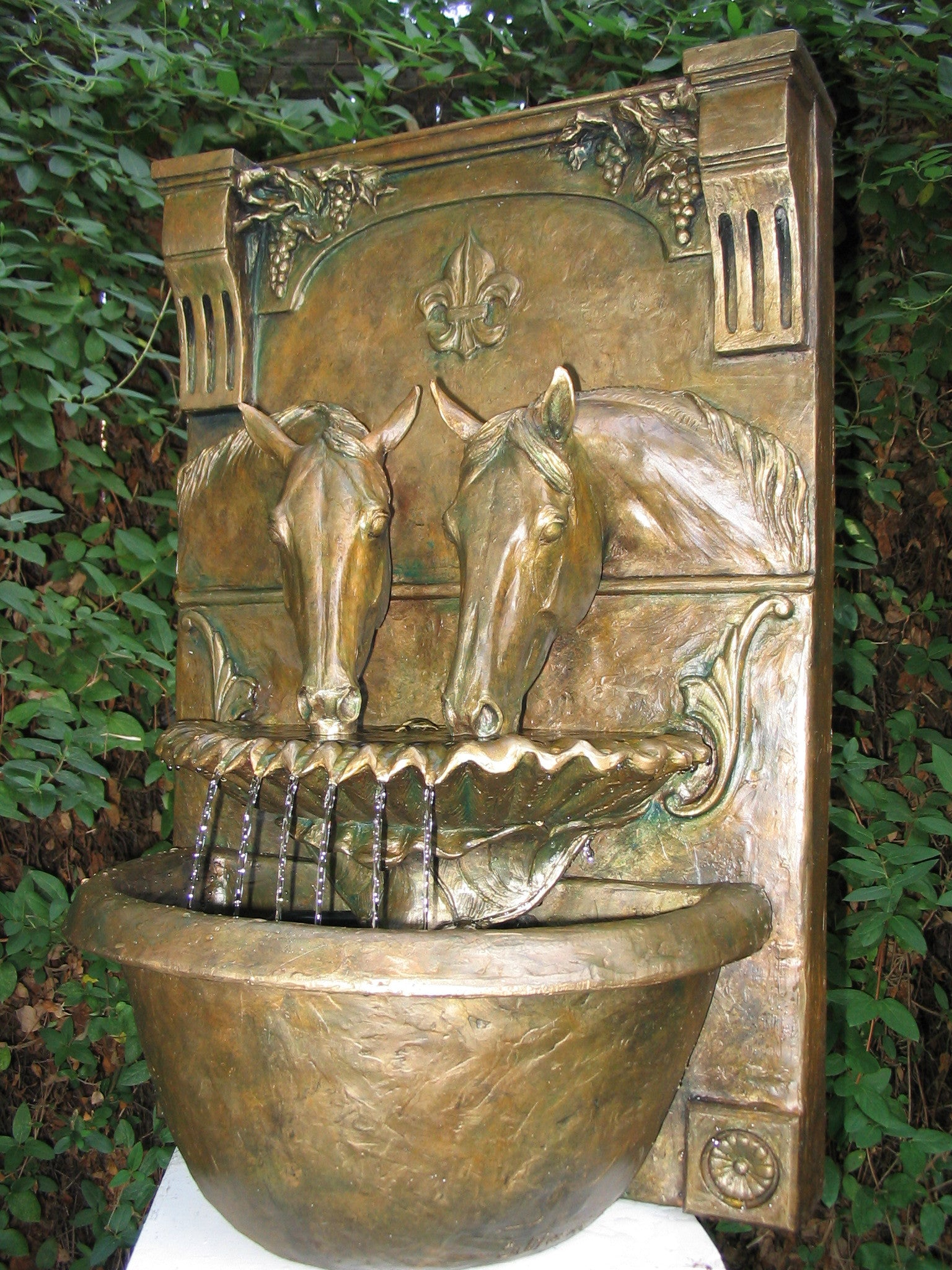 Two Horses Drinking Fountain (Faux Bronze) - Patricia Borum