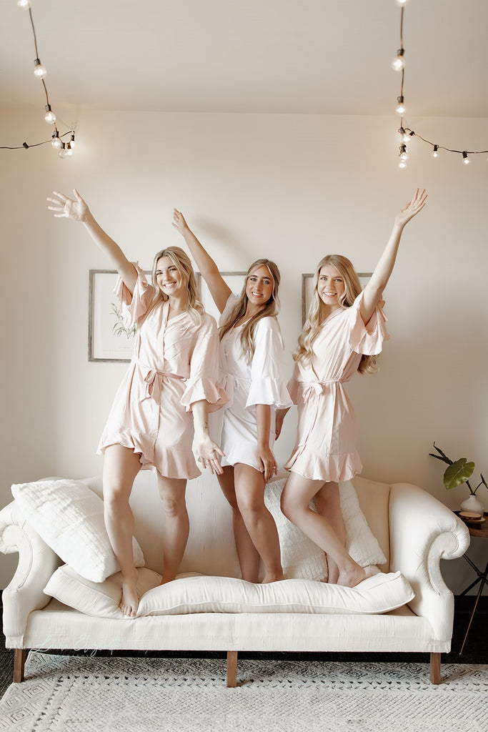 personalized ruffle bridesmaid robes for wedding party