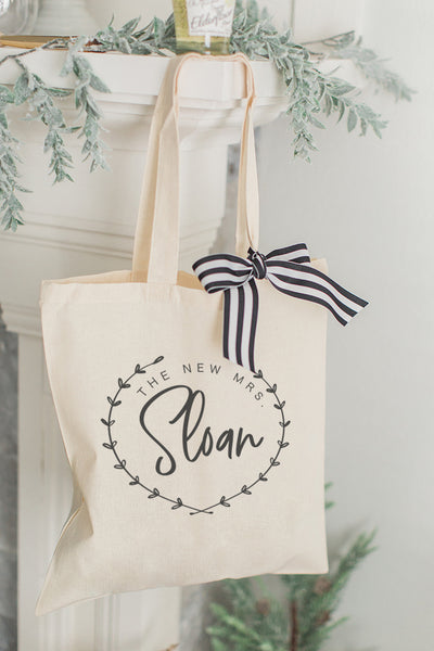New Mrs. Laurel Wreath Tote Bag