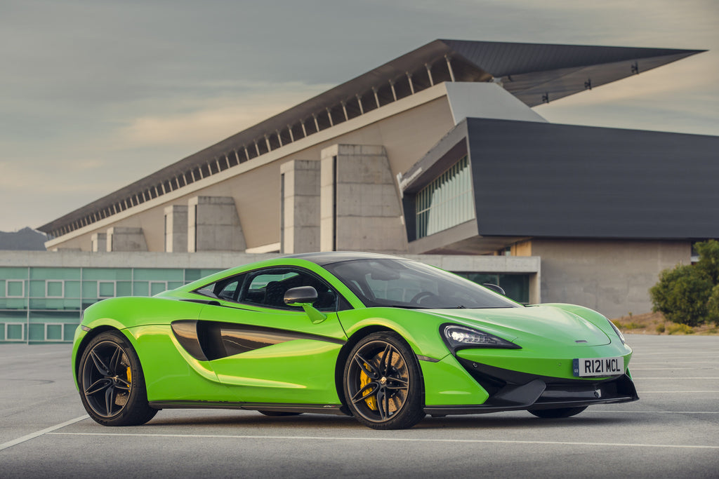 McLaren 570S Coupe and 675LT Coupe to Showcase at the Brussels Motor Show