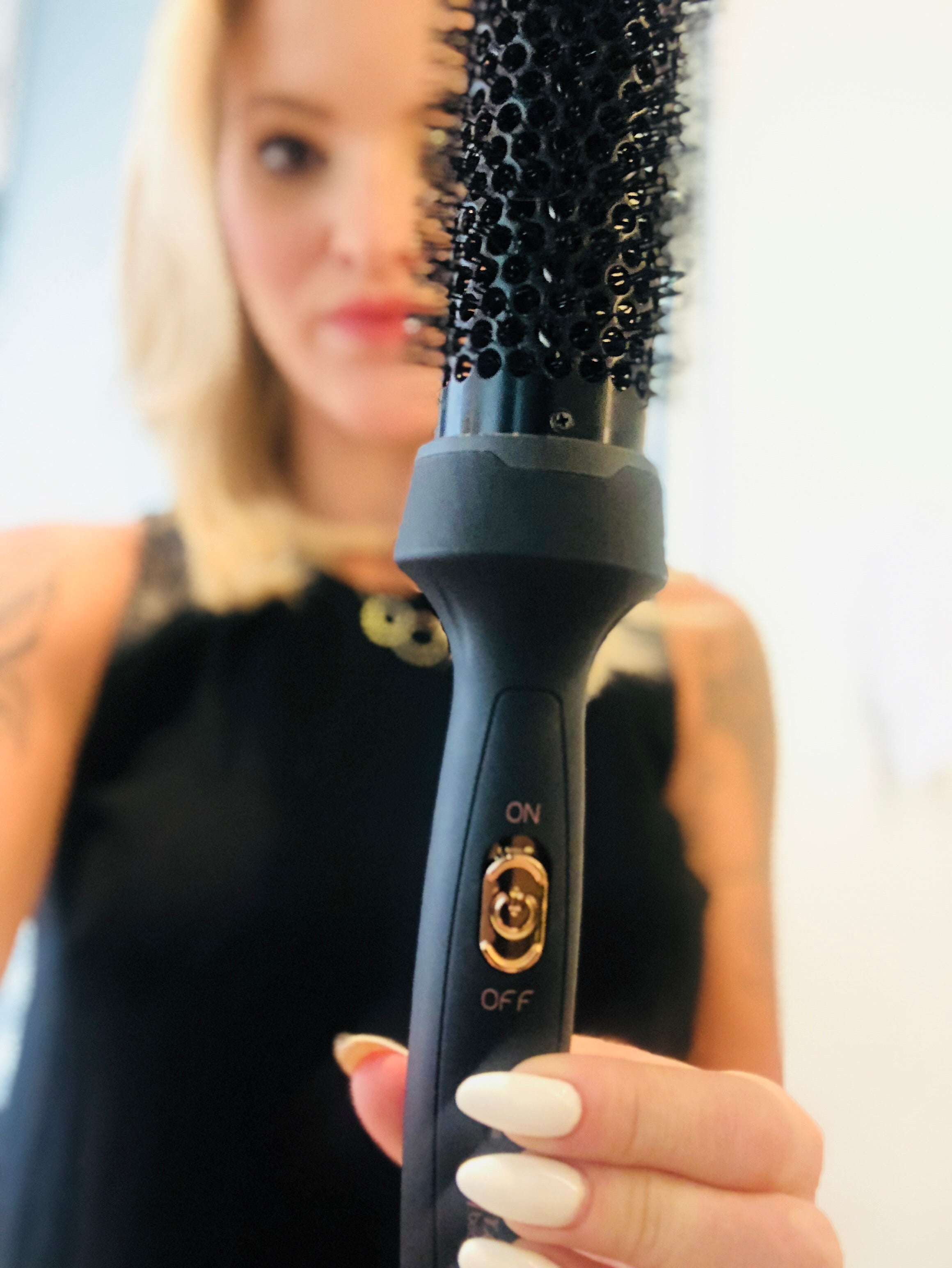 Aria Heated Hair Brush